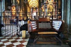 Orgel Spieltisch Stephansdom